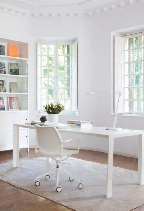 51 White Office Chairs to Brighten Your Modern Home Workspace