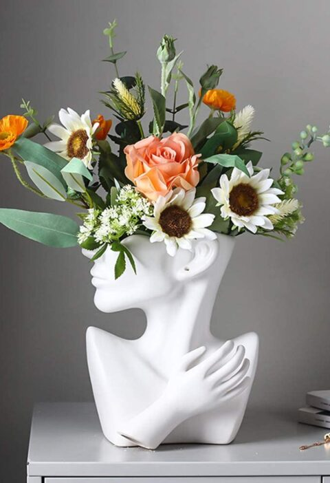 Product Of The Week: A Modern Bust Shaped Vase